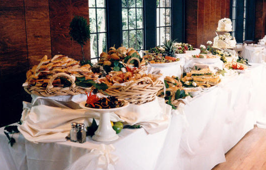 Outstanding Wedding Buffet Table 531 x 341 · 319 kB · png